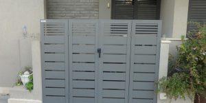 שער כניסה לבית פרטי מאלומיניום - דגם צף 32 צבע אפור