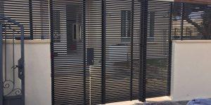 שערים מעוצבים מאלומיניום בצבע שחור - דגם צף 4