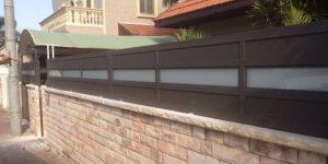 עיצוב גדר לבית פרטי מאלומיניום - דגם רותם 1