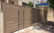 עיצוב שערים לבית – שער כניסה וחניה מאלומיניום – דגם שניר 1